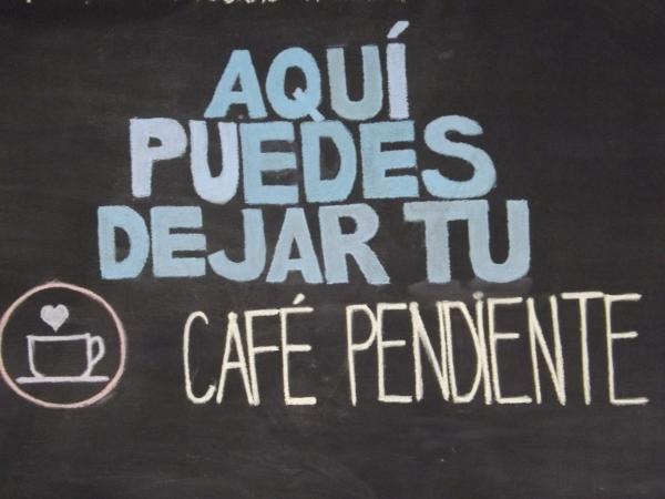 lector-noticias-artesano-cafe
